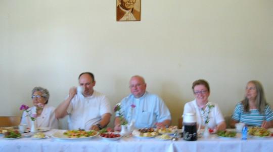 Radość członków Centrum Ochotników Cierpienia (COC) w Lesznie.